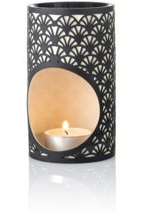 Beautiful, elegant porcelain oil burners available from our website.  Small bowl. Superior diffusion of essential oils. http://www.circleoflifebotanicals.com.au/oil-burners/