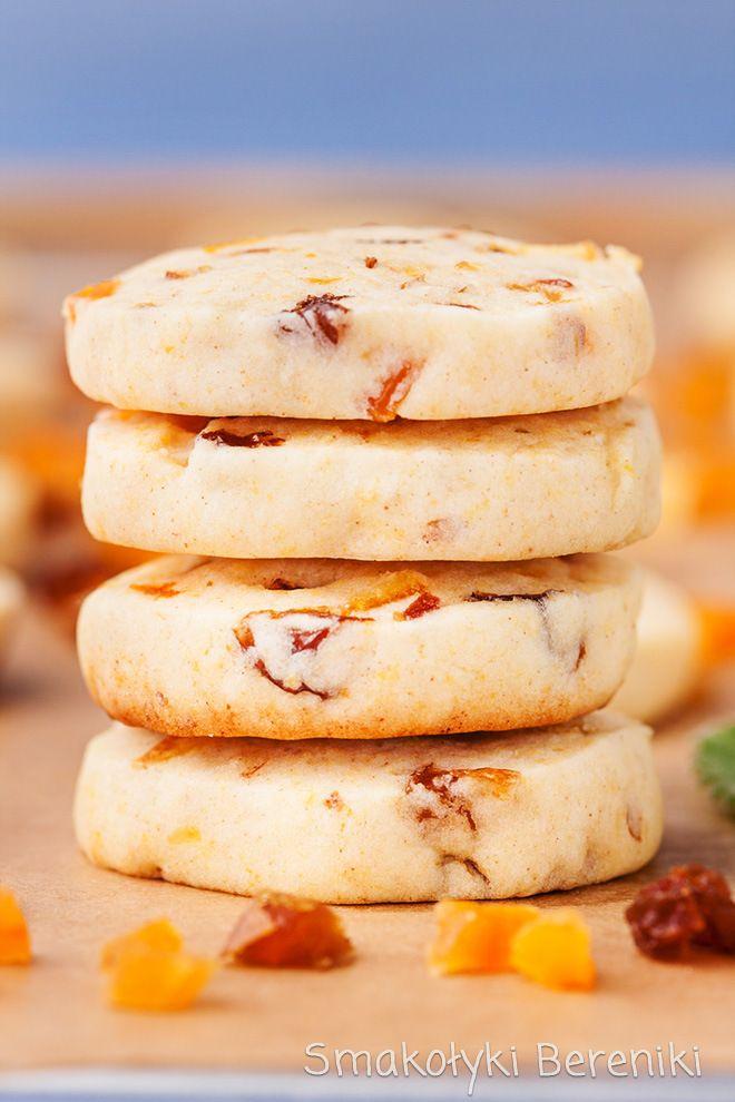 Ciasteczka z dużą ilością bakalii