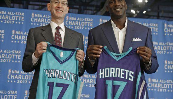 Le All-Star Game 2019 pourra se tenir à Charlotte -  Privée du All Star Game à cause de lois discriminatoires appliquées dans l'Etat de Caroline du Nord, la franchise des Charlotte Hornets aura doncune seconde chance. Dans une conférence qui… Lire la suite»  http://www.basketusa.com/wp-content/uploads/2017/04/NBA-All-Star-570x325.jpg - Par http://www.78682homes.com/le-all-star-game-2019-pourra-se-tenir-a-charlotte hom