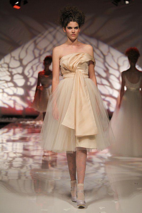 abito da sposa colorato by David Fielden short wedding dress