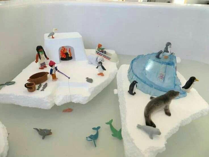 Met piepschuim en dieren de watertafel toveren tot Noord/zuidpool