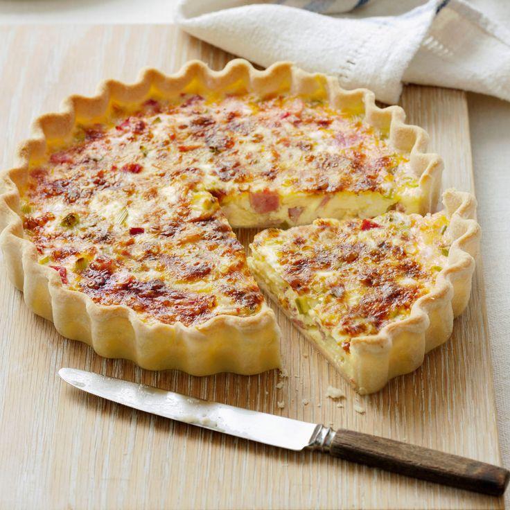 Découvrez la recette Quiche lorraine sans oeufs sur cuisineactuelle.fr.