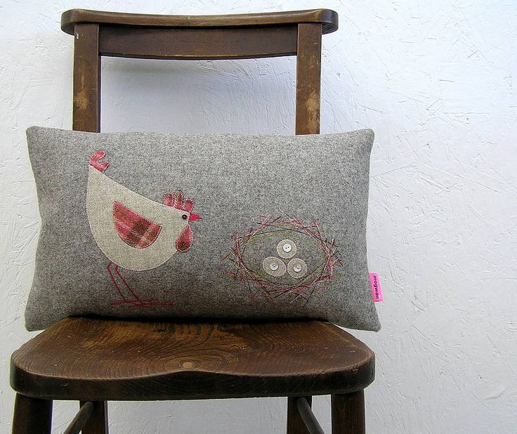 Hen And Eggs Tweed Cushion