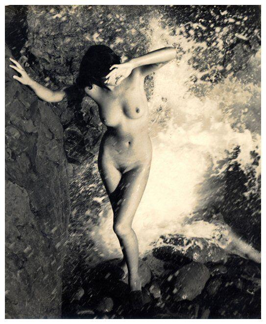 artesens:  Aphrodite, 1955  Yoshiyuki Iwase