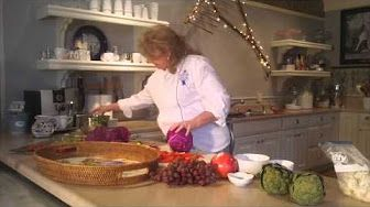 How to Create an Edible Centerpiece with Eddie Ross - YouTube
