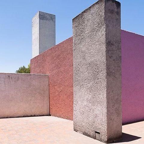 By Mexican architect Luis Barragan #arkitektur #architexture #architecturelovers…