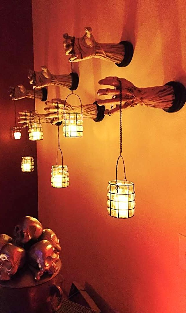 17 best images about halloween decor on pinterest for Decoration 2017