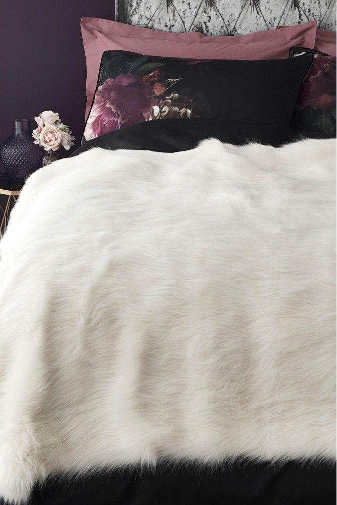 Long Faux Fur Throw In 2020 Faux Fur Throw Faux Fur Fur Throw