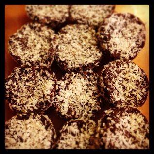 ... sugarfree date, walnut, coco, and coconut #energy bars #recipes