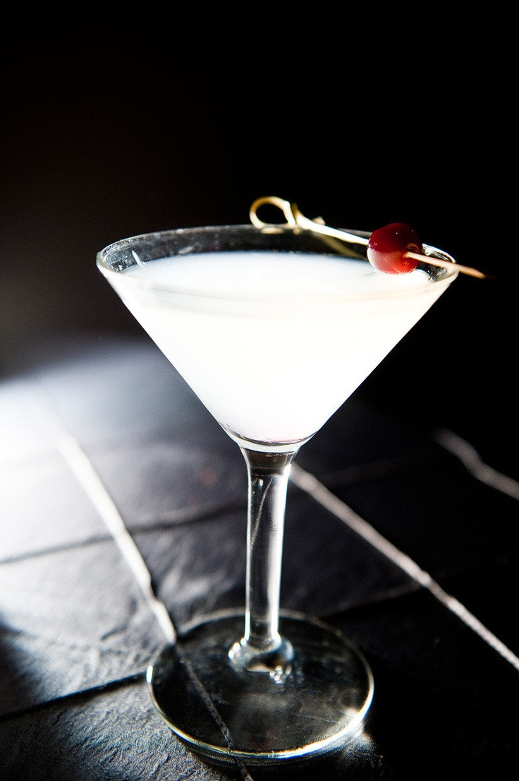 The bride's signature cocktail: cherry blossom martini with cranberry ...