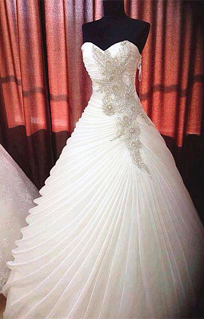Beadings Sweetheart Ruffles 2015 Ball Gown Wedding Dress