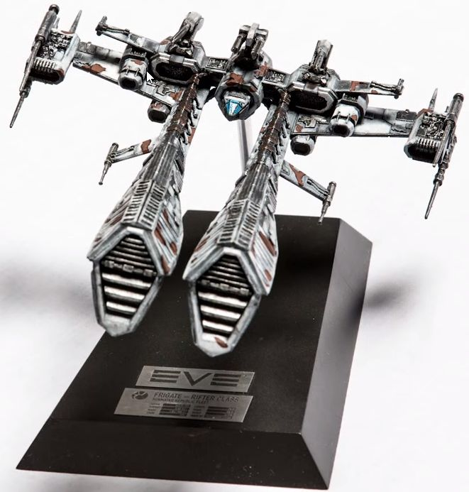offically licensed by ccp games eve online rifter frigate kit by