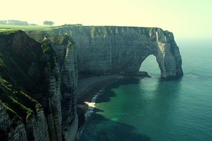 4 Hands  - Etretat, France