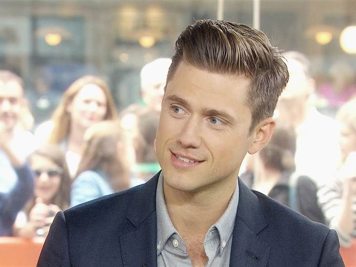 1055 best images about Aaron Tveit on Pinterest | Chace ...