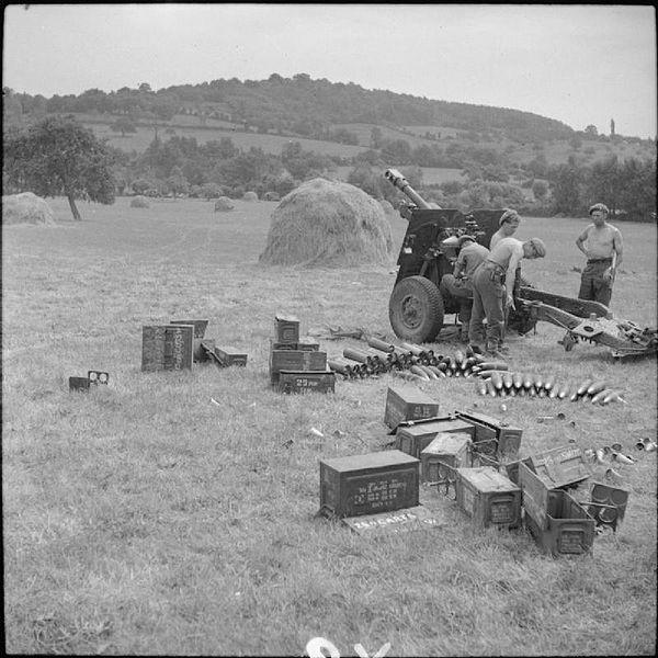 25-pdr field gun of 'D' Battery, 3rd Regiment, Royal Horse Artillery at Boissey, 21 August 1944.