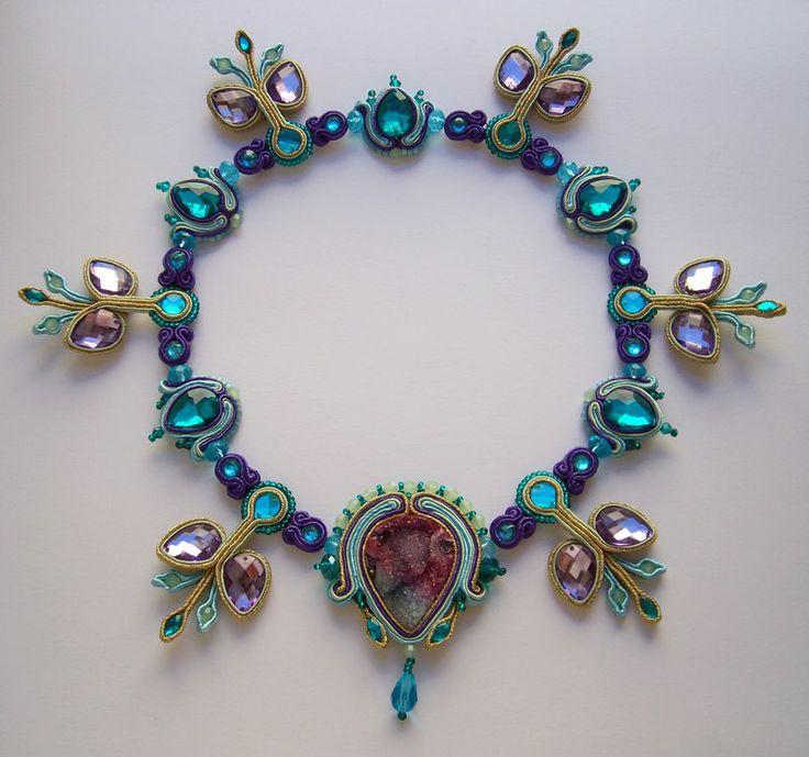 http://fdfcrafts.deviantart.com/art/Aspiration-soutache-necklace-475721173