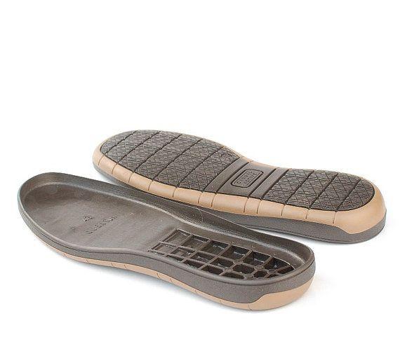 Braune Gummisohlen für Ihre eigenen Projekte - Versorgung für Schuhe, Schnee Stiefel für Männer Diese Gummisohlen machen Ihre handgemachte Schuhe geeignet für außen im Winter tragen. Hohe Kanten und macht Filzstiefel für nasse Bedingungen geeignet. Achtung! Diese Sohlen sind für Verkauf