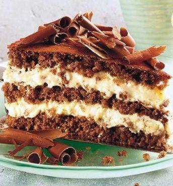 Schoko-Tiramisu-Torte: http://kochen.bildderfrau.de/rezepte/rezept_tiramisu-torte_109378.aspx #schokotorte #tiramisu
