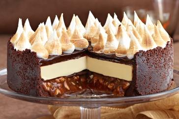 Amazing triple choc cheesecake recipe with salted peanut caramel! http://www.taste.com.au//recipes/29359/triple+choc+cheesecake+with+salted+peanut+caramel