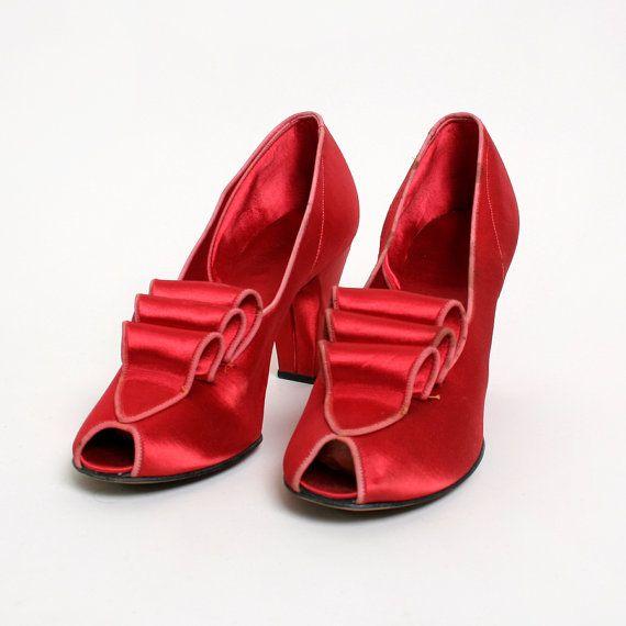 Vintage 1940s Satin Heels  Ruby Red Slippers Daniel Green by zwzzy,