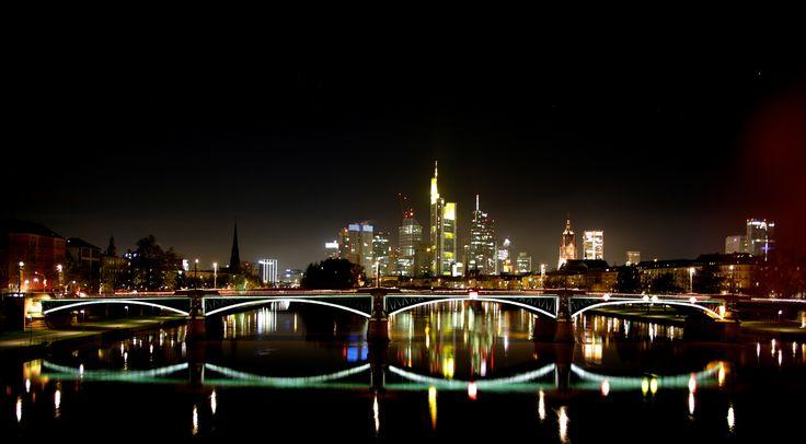 https://flic.kr/p/htciRf | 2013 11 11 Frankfurt | View Awards Count
