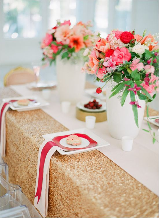 love the ribbon on top of the napkin.Tables Sets, Gold Tables, Wedding Tables Centerpieces, Gold Sequins, Wedding Reception, Gold Wedding, Tables Linens, Wedding Colors Palettes, Flower