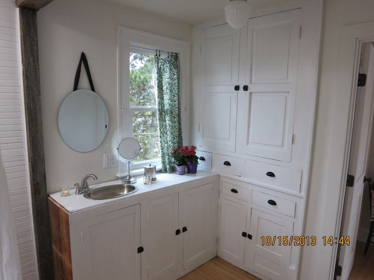 52 best images about nicole curtis rehab addict on for Bathroom rehab