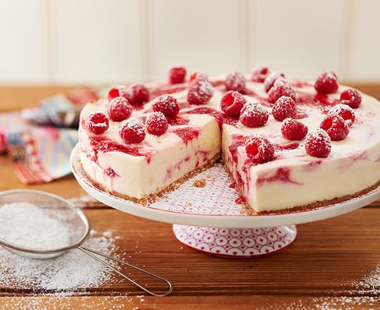 This creamy classic is colourful - with a twist! If you are looking for a treat for dinner guests or family, then try our Greek Yoghurt and Raspberry Swirl with PHILLY cheesecake.