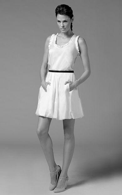 Sleeveless ruffle top Bubble skirt