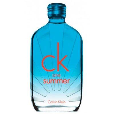 ¿Buscas aromas para el verano? Prueba Ck One Summer con tintes cítricos.