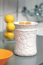 Scentsy Fizz Warmer - Add contemporary flair to your room with Fizz. A cool, modern design of circles on bone-finish porcelain casts a warm halo of light, €41 or £35 #gifts #scentsyfizzwarmer #fragrance - change the flag in the corner of the screen for the countries flag you want to buy from