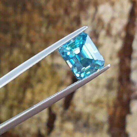 """27 Likes, 2 Comments - Suma Boutique (@sumagemboutique) on Instagram: """"6.45 Carats Premium Natural Rare Electric Blue Zircon  Dimensions : 9.55 X 7.85 X 7.05 mm Shape :…"""""""