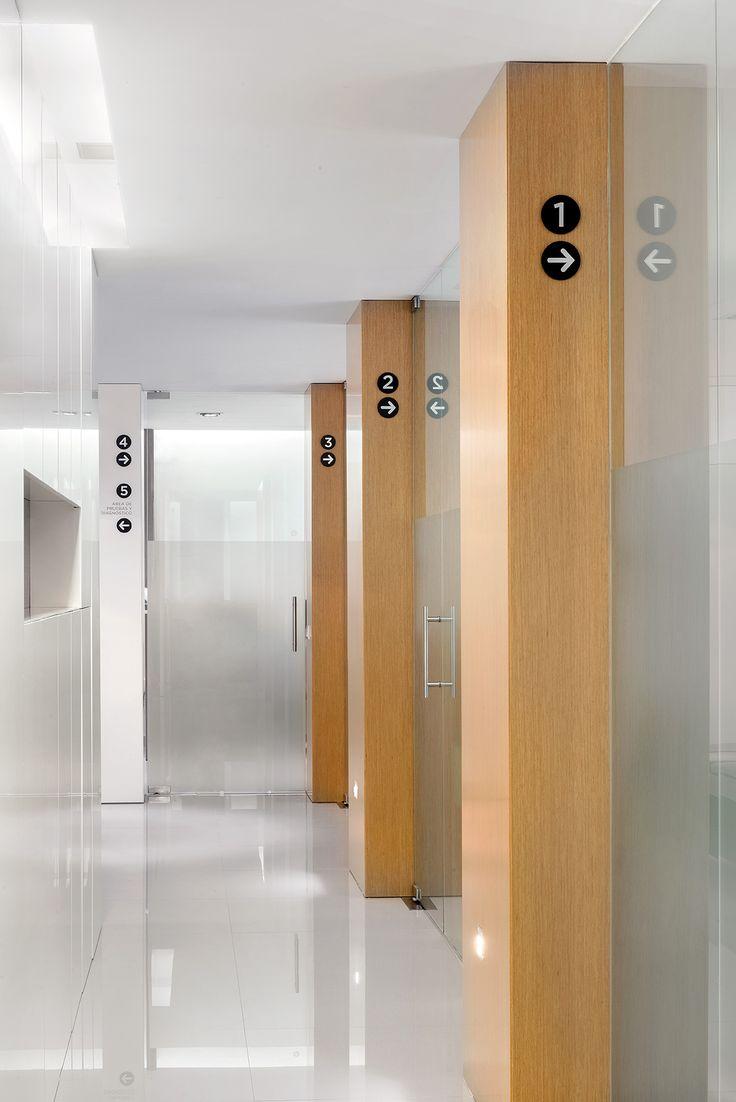 Jaime Sanahuja _ Proyecto interiorismo Clínica Medicina Ocular Valencia