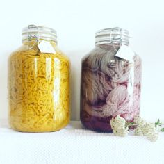 natural dyeing wool with wild flowers and plants of tuscany countryside by pompom