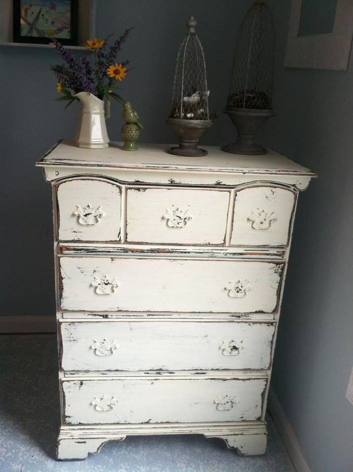 Comment blanchir un meuble d co blanc en 2019 style shabby chic shabby chic et mobilier de - Blanchir un meuble ...