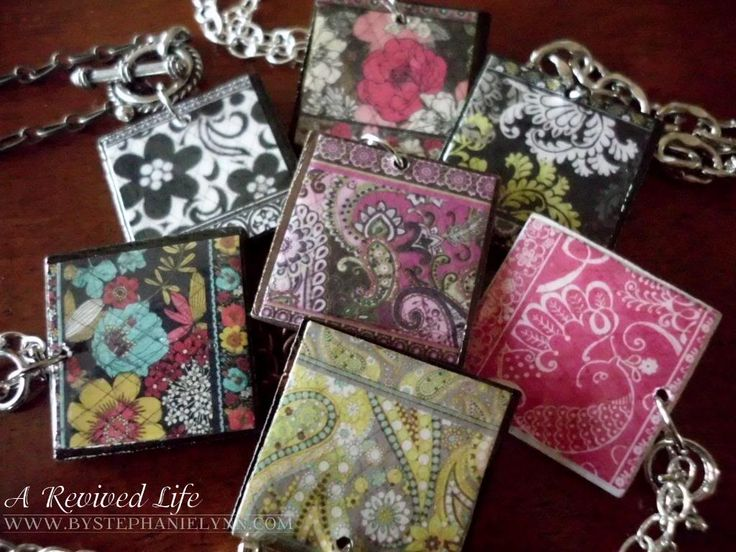 Make your own Vera Bradley pattern pendants from upcycled catalogs
