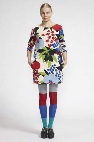 Kauri Tunic Beige/Red/Blue - love those tights!