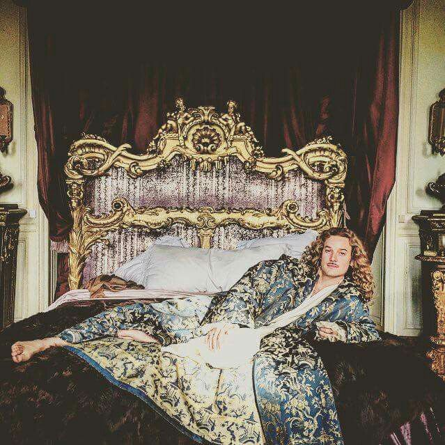 The amazing Evan Williams as the King of Sass, the Chevalier de Lorraine in season 2 of the canal+ series Versailles