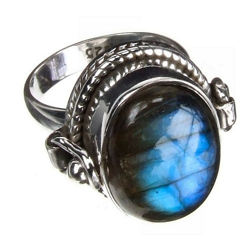 I really like this poison ring
