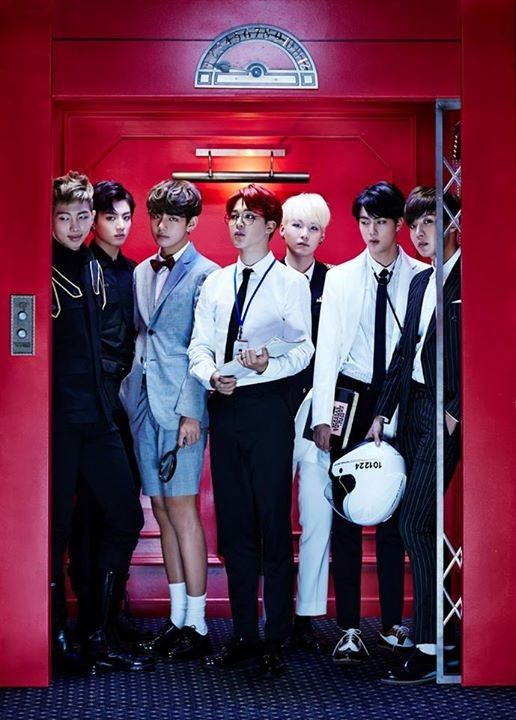 Jimin is the last one on the crowded 'Sick' elevator | allkpop
