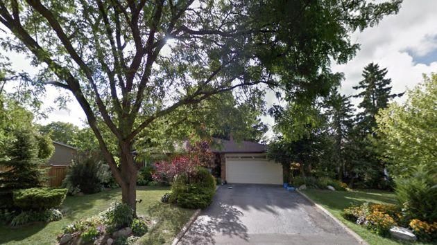 Falgarwood Oakville Real Estate Information