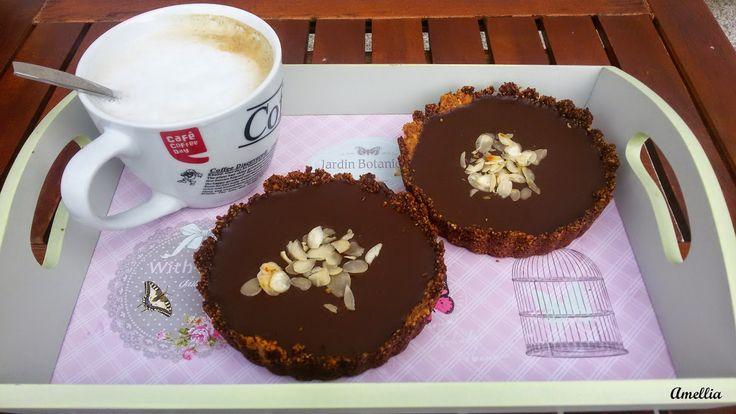 Flavours of Amellia: Mandlové tartaletky s čokoládou (bezlepkové)