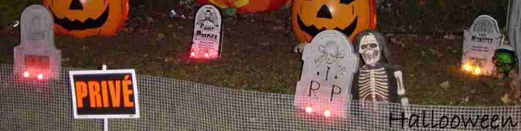 Ajoutez de l'éclairage à vos pierres tombales. Bricolages / décorations d'halloween à fabriquer soi-même (DIY) expliquées étapes par étapes avec photos. Tous les détails de la réalisation sur : http://www.maisonhanteesecretqueen.com #halloween #maison #hantee #projet #decoration #decor #pierre #tombale