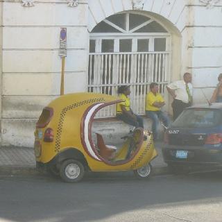 Yellow peanut taxi Santiago de Cuba