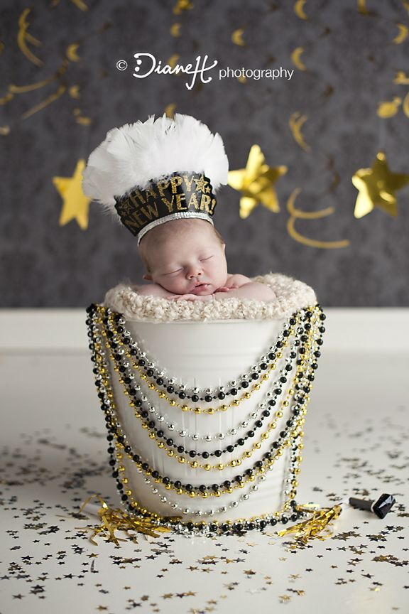 New Years Baby Girl {La Crosse, WI Newborn Photographer} » DianeH Photography