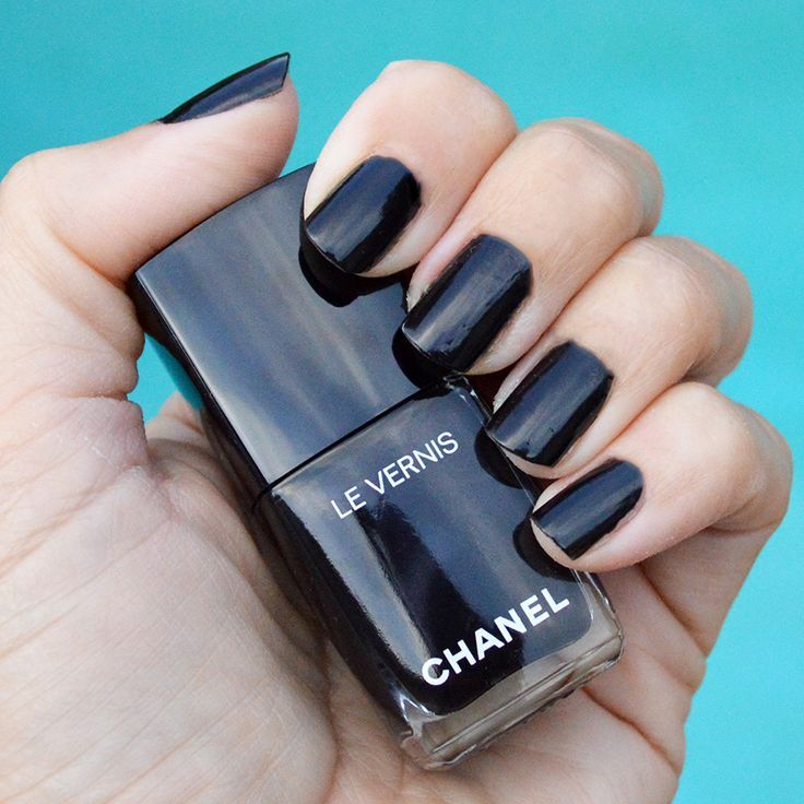 Gris Obscur Nail Varnish Colours Chanel Nails Chanel Nail Polish