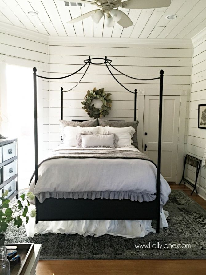 farmhouse style decor. 17 Best ideas about Farmhouse Style Bedrooms on Pinterest   Guest