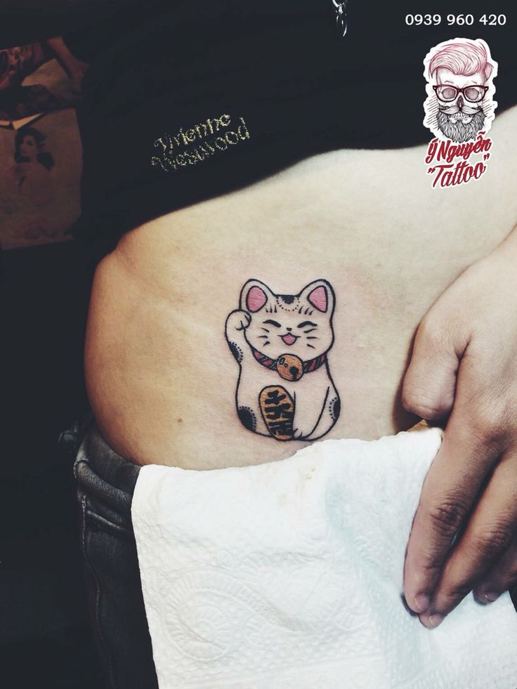 Lucky cat tattoo.  #ynguyentattoo