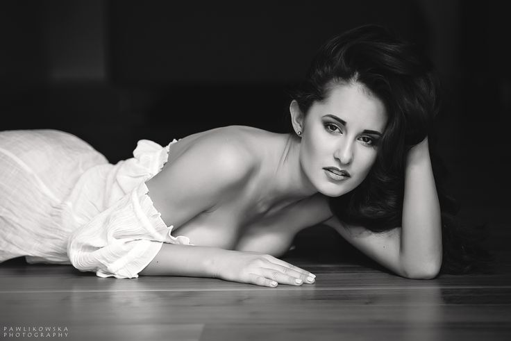#sensual #woman #black&white