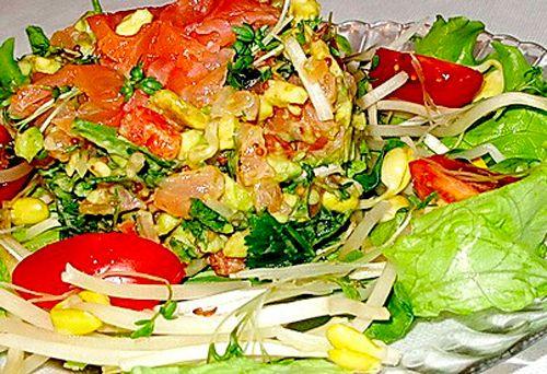 Рецепты приготовления салата из авокадо с семгой